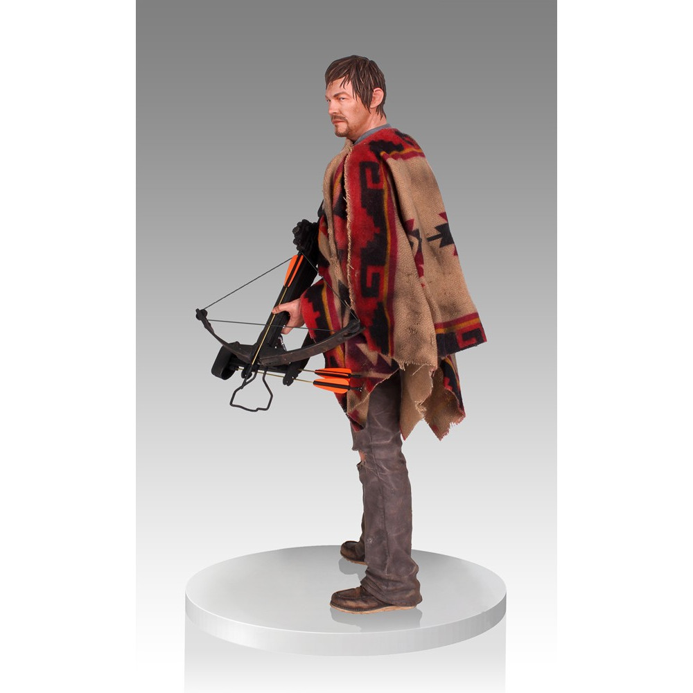 gentle giant the walking dead statue daryl dixon figurine collector. Black Bedroom Furniture Sets. Home Design Ideas