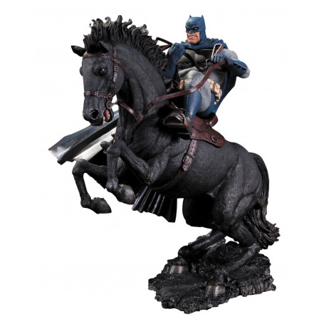 DC Collectibles Batman The Dark Knight Returns: A Call to Arms Statue