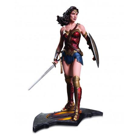 DC Direct Statue Wonder Woman Batman vs Superman