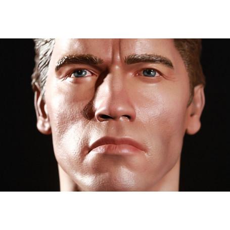 Elite Creature Terminator Genisys T-800 1:2