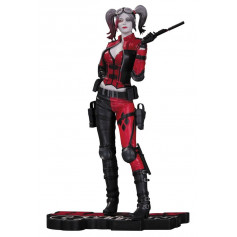 DC Direct Statue Harley Quinn Red, White and Black statue Injustice 2