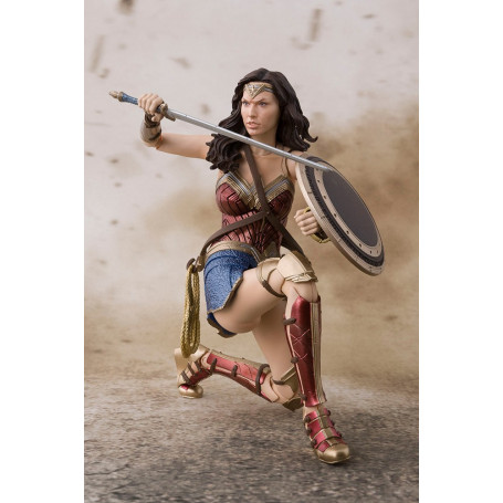 Bandai Wonder Woman Figuarts SH Justice League