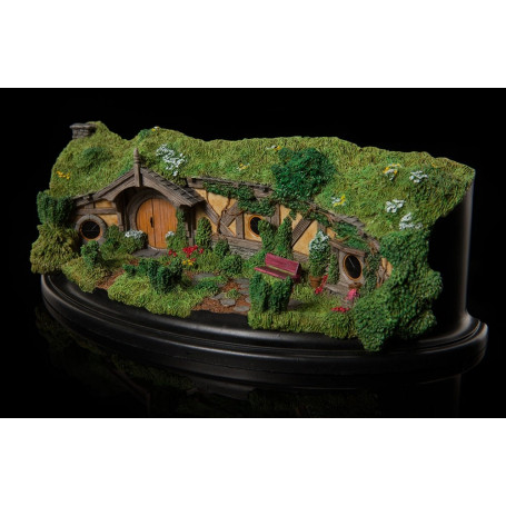 Weta Le Hobbit Un voyage inattendu statue 23 Great Garden Smial
