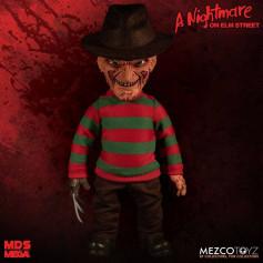 Mezco Figurine Mega Scale - A Nightmare on Elm Street - Freddy les Griffes de la Nuit - 38cm