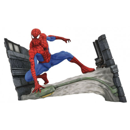 Diamond Select Marvel Gallery Figurine PVC - Spiderman Webbing - 18cm