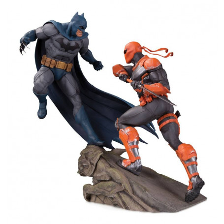 DC Collectibles - Battle Statue: Batman vs Deathstroke - 30cm