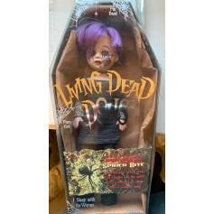Mezco Living Dead Doll - OCCASION - Spider Bite - Serie 17