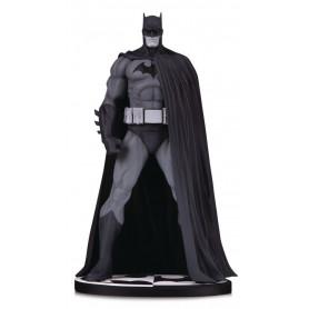 DC Direct Batman Black & White Batman Hush statue by Jim Lee version edition - 18cm