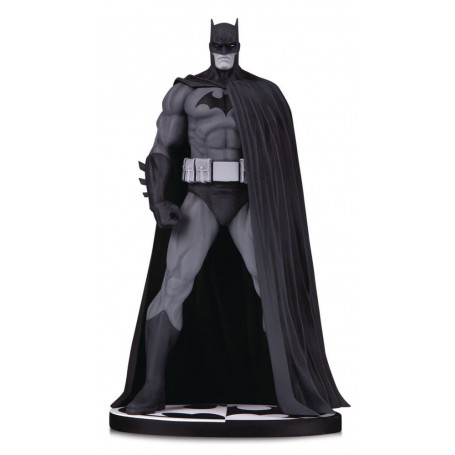 DC Direct Batman Black & White Batman Hush statue by Jim Lee version edition - 18cm