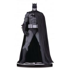 DC Direct Batman Black & White Batman Hush statue by Jim Lee - 3eme edition - 18cm