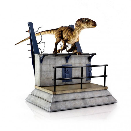 Chronicle Collectibles - Jurassic Park Break Out Raptor